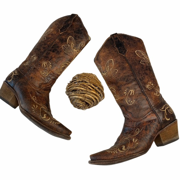 Circle G Corral ❦ Dragonfly Embroider Cowgirl Boot